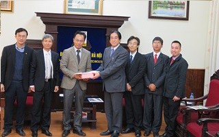 2017年2月27日にハノイ工科大学(ベトナム)と大学間学術交流協定を締結しました