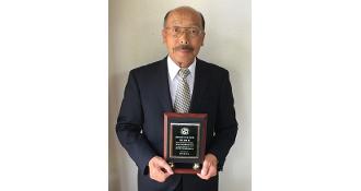 応用化学コースの黒田重靖名誉教授が基礎有機化学会の基礎有機化学会功績賞を受賞しました